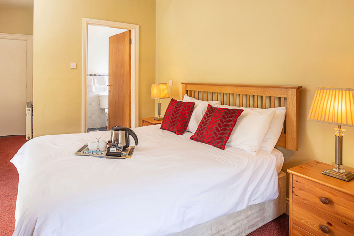 Larkins Pub - Double Bed Room Accommodation